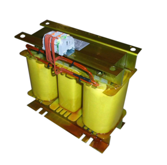 Three to single phase converter transformer